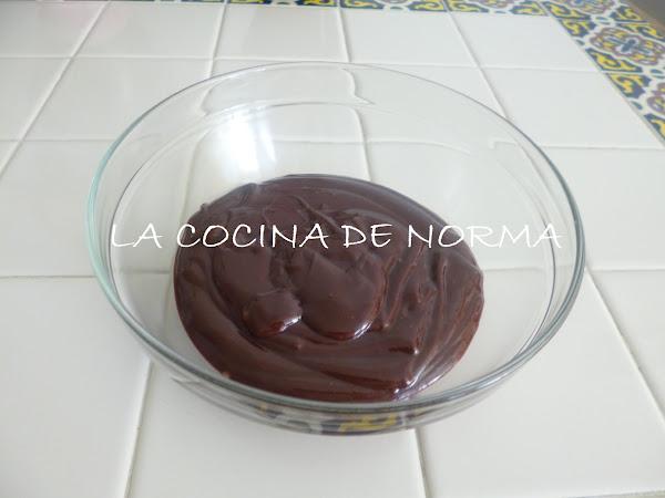 GANACHE BÁSICO DE CHOCOLATE SEMIAMARGO