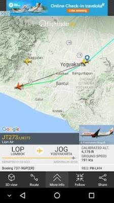 Melihat detail informasi penerbangan setiap pesawat yang ada di atas langit kita