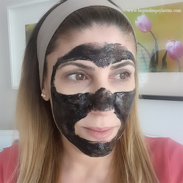 Marie Claire Black Mask
