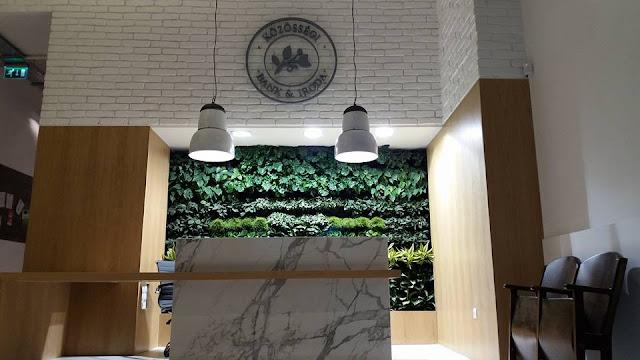 A MagNet ismét olyan teret alakított ki ügyfelei számára, ahol barátságos környezetben, egyenrangú és fesztelen találkozás jöhet létre a felek között, ahol élmény bankügyeket intézni. Az enteriőr híven tükrözi a Bank filozófiáját, melynek része a klasszikus hivatali légkör felszámolása, a zöld és civil projektek támogatása.