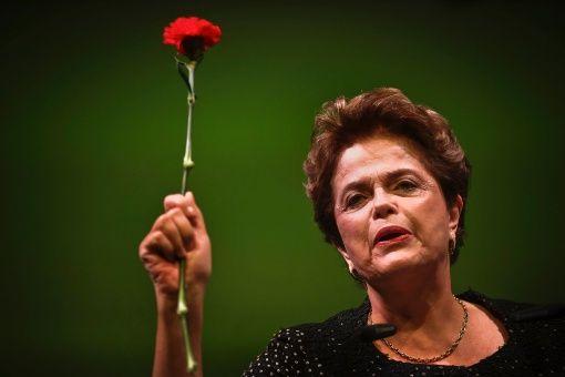 Rousseff espera un 2018 de recuperación para Brasil