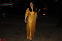 Sonam Kapoor Soha Ali Khan Konkona Sharma at Raw Mango store launch March 2017 032.JPG
