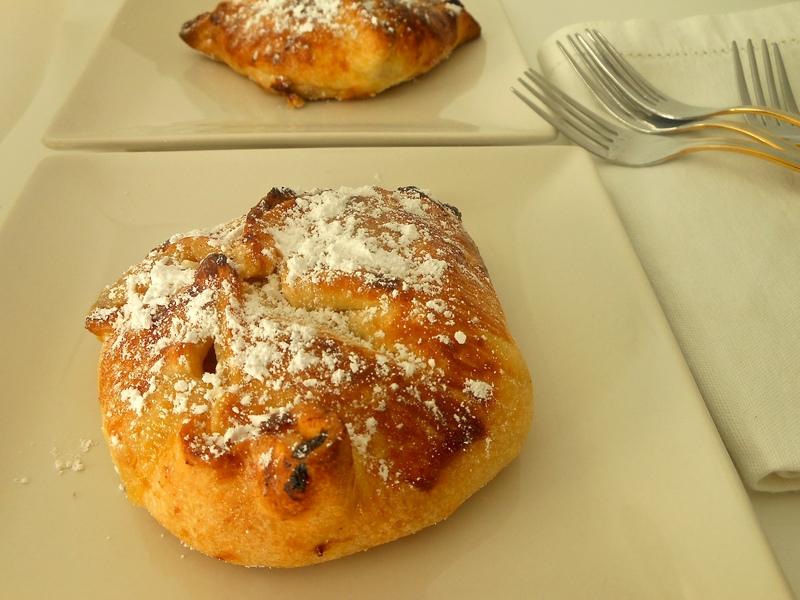 Minipeis de manzana con crema de almendras {un capricho dulce}