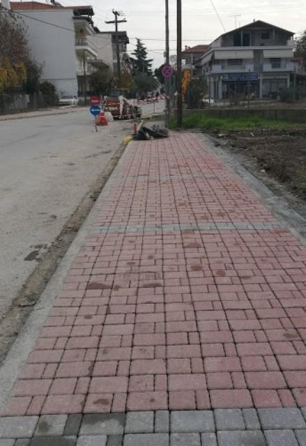 Αποκατάσταση και νέα διαμόρφωση πεζοδρομίων στην Πολεοδομική Ενότητα Εθνικού Σταδίου από τον Δήμο Κατερίνης