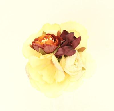 PV 2017 - Coleccion Basicas 28 Broche Tocado flor