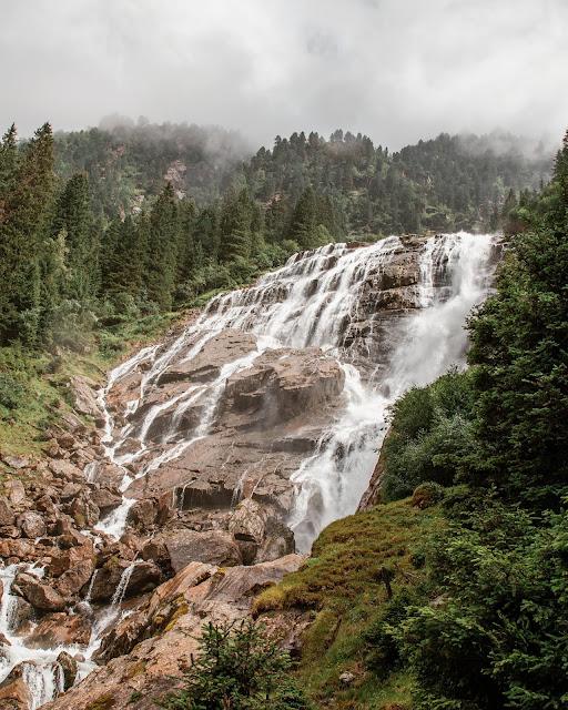 WildeWasserWeg  Dresdner Hütte - Sulzenau Hütte - Grawa Wasserfall  Stubaital 1