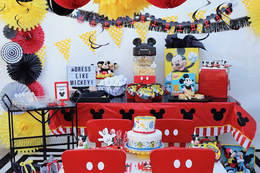 LAURA'S little PARTY: Celebrating 90 years of Mickey Mouse!