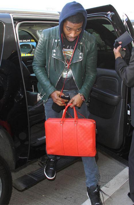 Celeb Sneaker Game  Kid Cudi Wearing Air Jordan Retro 1  97 ... 8bef7682eb83