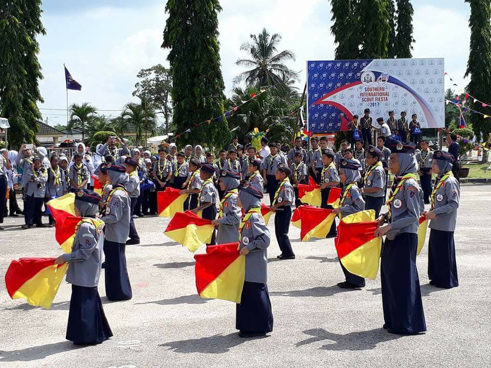 VIDEO TARIAN SEMAPHORE KUMP 48 KULAI