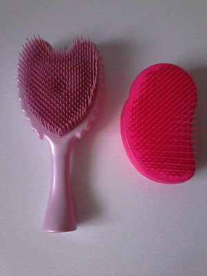 Porównanie Tangle Angel i Tangle Teezer