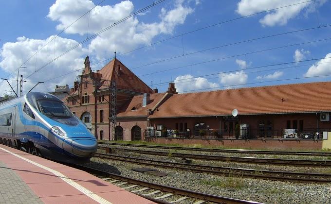 Obiad na dworcu kolejowym | Pub Opole Główne