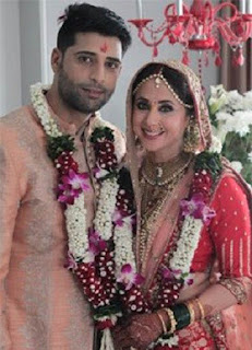 Rangeela Fame Urmila Matondkar Unseen Marriage Photos