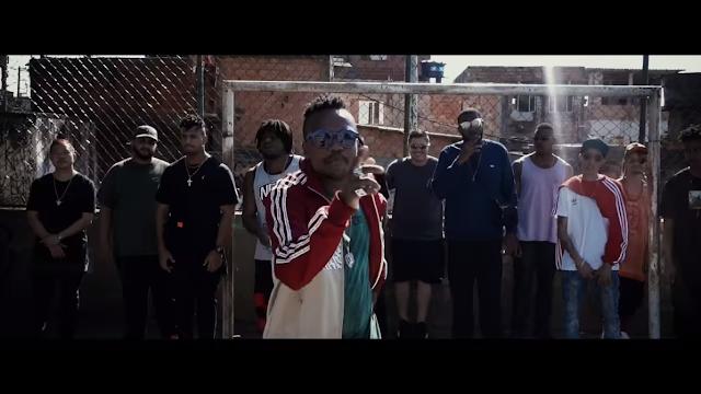 """Djonga lança o clipe """"Esquimó"""", que foi gravado no capão e com aparição do Mano Brown e sua banca."""