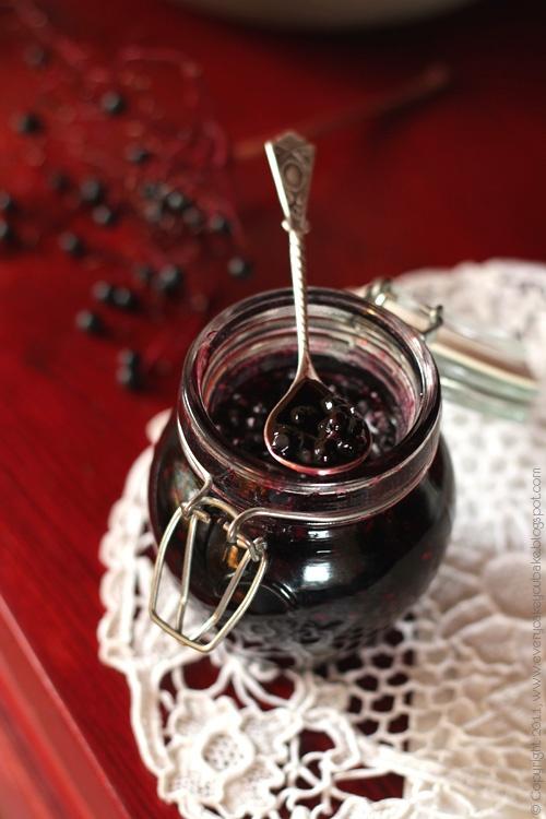 konfitura z owoców czarnego bzu - prosta i zdrowa