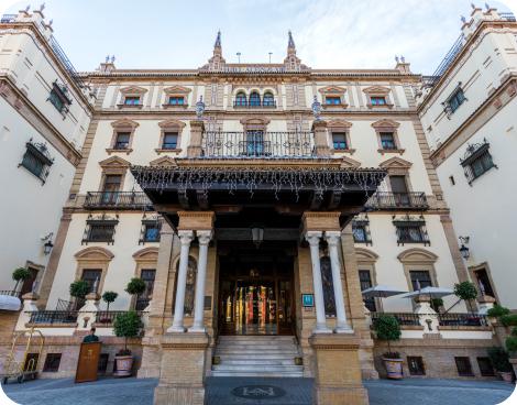 Entrada del hotel Alfonso XIII, Sevilla