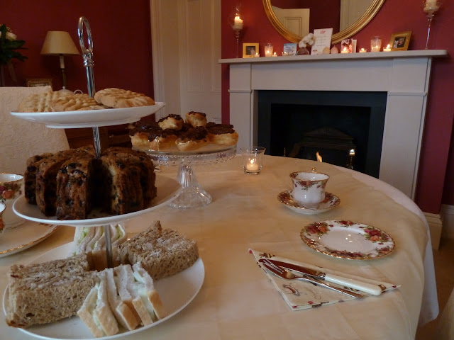 Top 10 Tips for Hosting Afternoon Tea