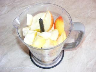 fructe la blender, retete la blender, preparare suc de mere la blender, retete cu fructe,
