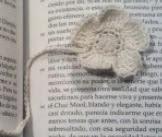 http://translate.googleusercontent.com/translate_c?depth=1&hl=es&rurl=translate.google.es&sl=en&tl=es&u=http://www.crochetspot.com/crochet-pattern-floral-bookmark/&usg=ALkJrhjFP2ys7f4JYYDloe2ocfVJttgMBw#more-21365