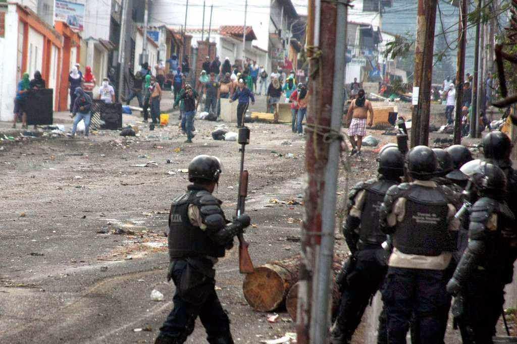 Empobrecimento encendeia distúrbios na Venezuela