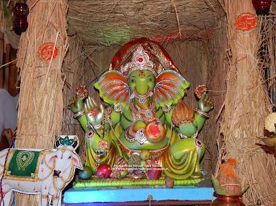 Parekh Nivas Ganpati Mitra Mandal Chira Bazar