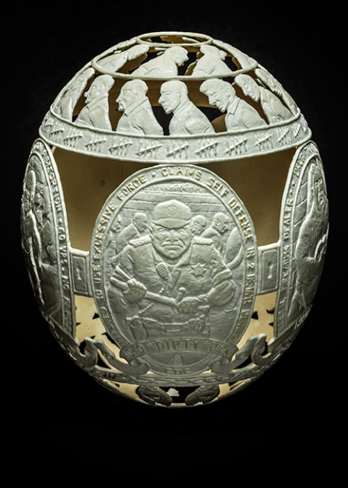 03-Cicada-Nymphs-Gil-Batle-Hatched-in-Prison-Carvings-on-Ostrich-Eggs-www-designstack-co