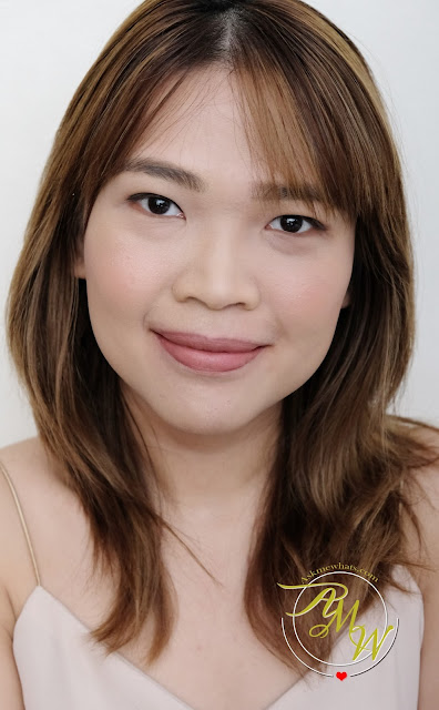 a photo of askmewhats nikki tiu wearing Make Up For Ever Jessie J Artist Face Color Trio Palette
