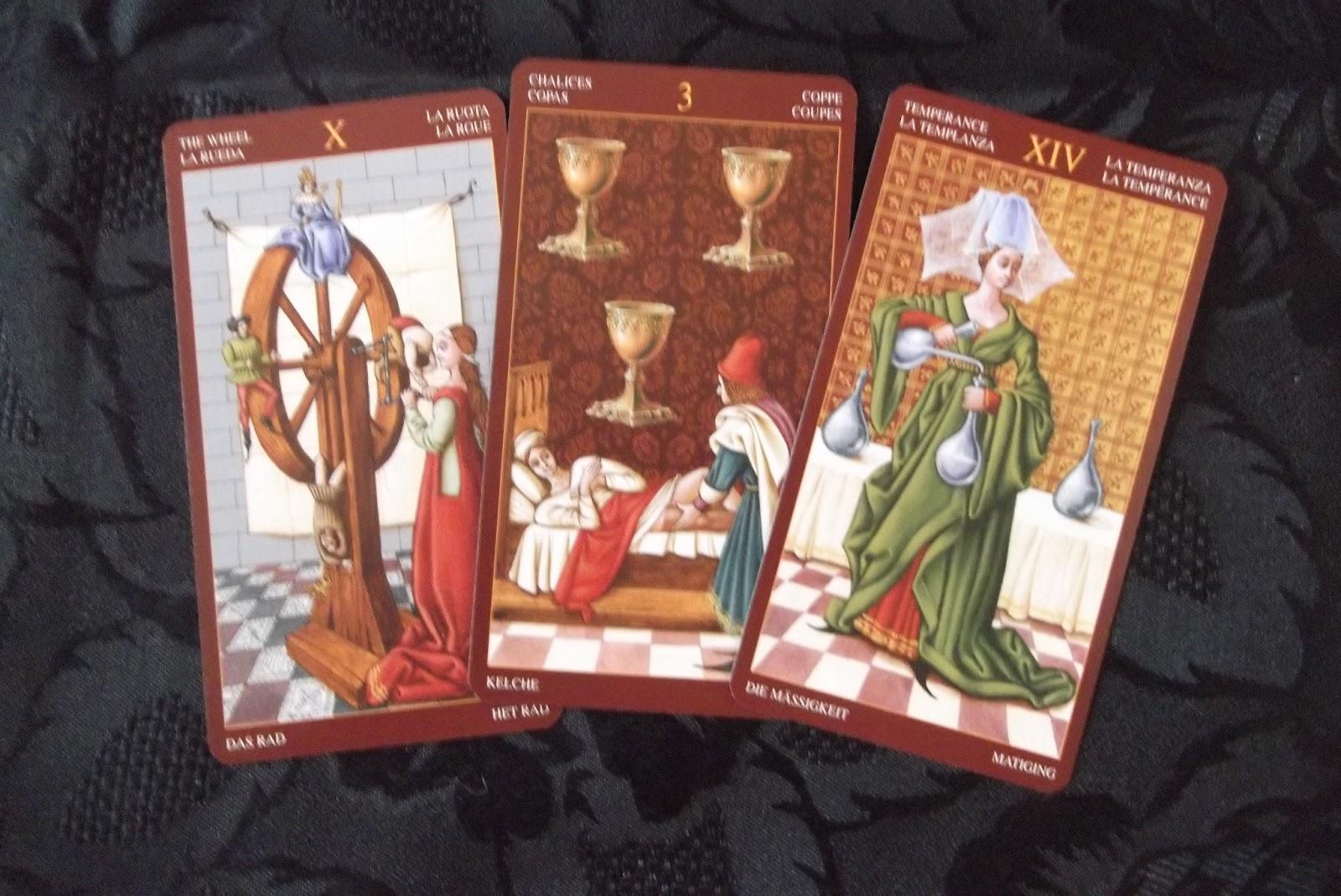 Tarotdon Tarot: DECK REVIEW: The Medieval Tarot