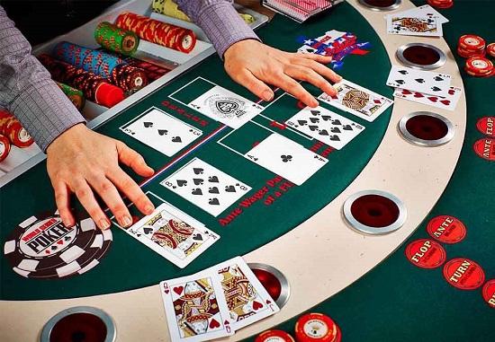 Sử dụng call, raise và bluff hợp lý trong Poker