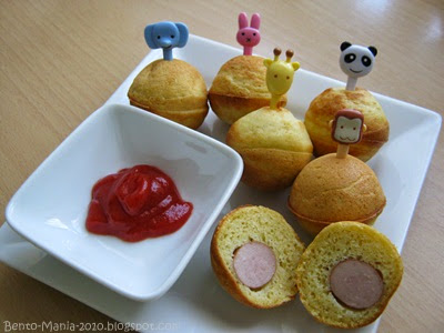 bento mania verr ckt nach der japanischen lunch box rezept corn dogs aus dem cake pop maker. Black Bedroom Furniture Sets. Home Design Ideas