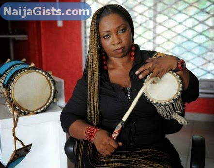 female talking drummer ara