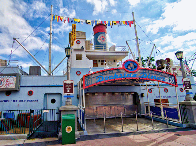 Restaurante Min & Bill's Dockside Diner no Hollywood Studios em Orlando