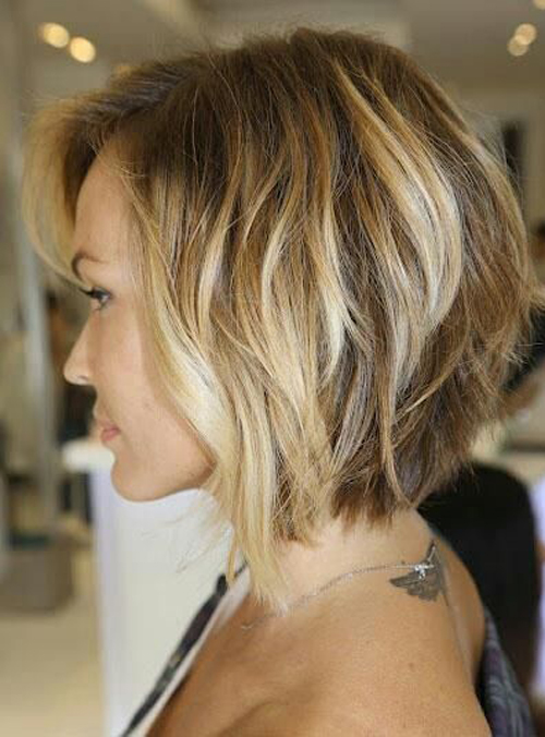 model rambut sebahu bob ombre highlights