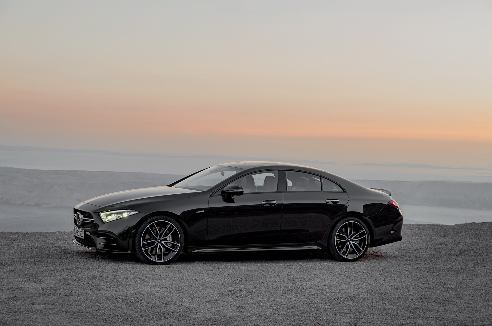 2018 - [Mercedes] CLS III  - Page 6 MERCEDES-AMG-CLS53-18