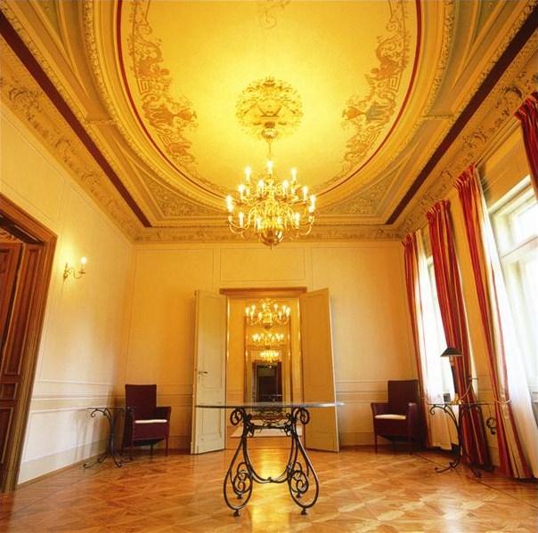 Interior Design Victorian Kitchen: Old World, Gothic, And Victorian Interior Design