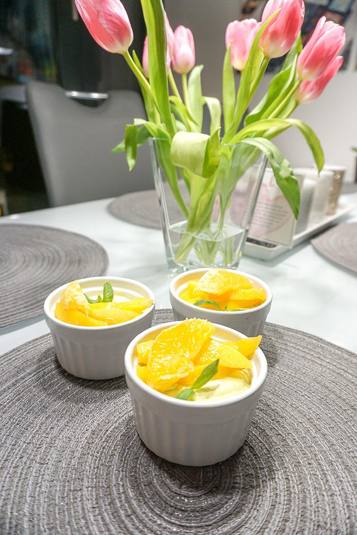 Mango-Orangen-Creme mit Basilikum