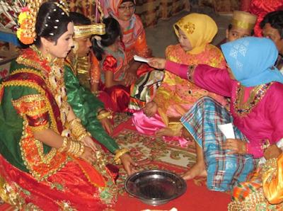 Upacara Adat Perkawinan Mappabotting