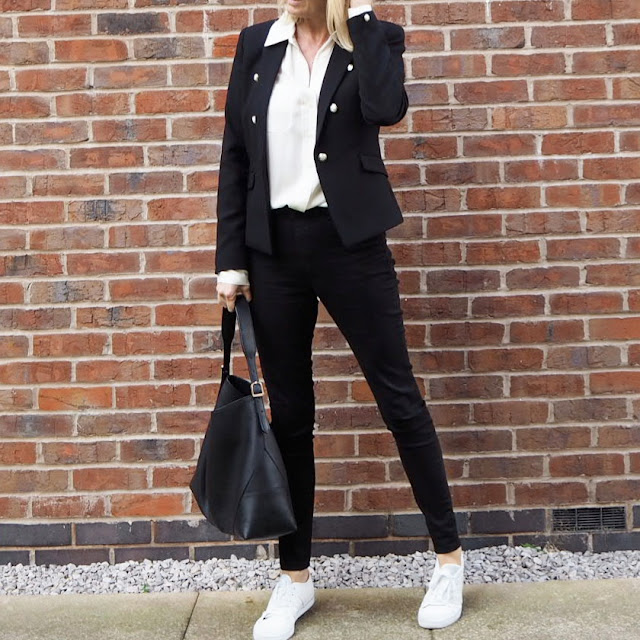 smart casual black jeans and trainers