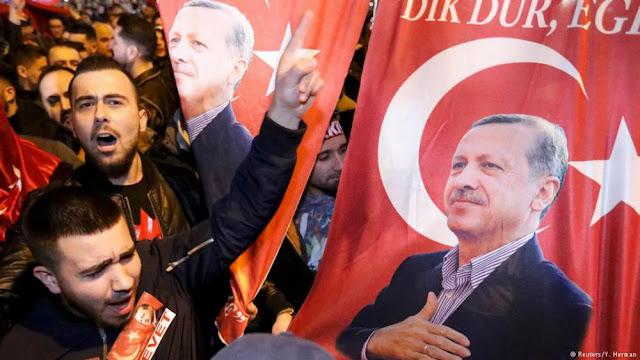Οι αντιδράσεις των Ευρωπαίων ρίχνουν νερό στο μύλο του Ερντογάν