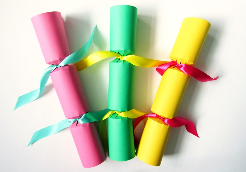 Colourful easter crackers polka spots and freckle dots order these cracker kits in time for easter now but you could still make your own crackers from scratch by downloading a cracker template from the net solutioingenieria Image collections