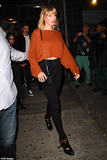Singer Taylor Swift sues radio DJ