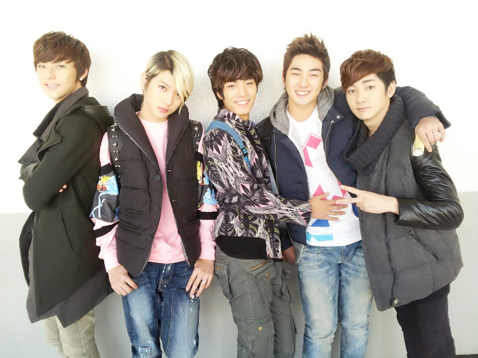 Nu Est Singapore Forums By Sgclub Com