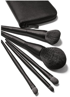 Experience a brush with greatness with the Mary Kay Essential Brush Collection!