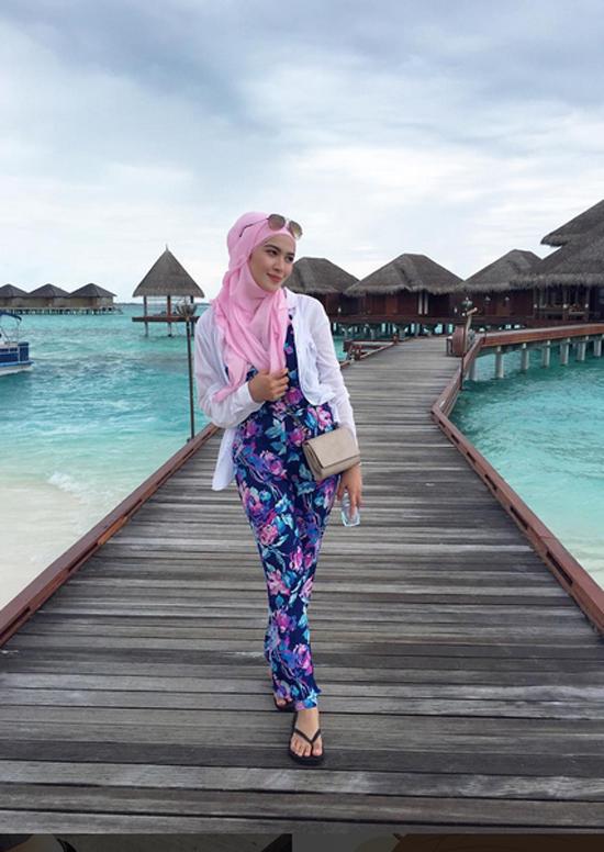 Niena Baharun Maldives