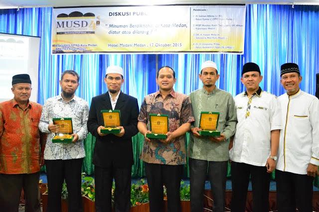 PKS Apresiasi Ranperda Pengendalian Minol Masuk Prolegda 2016