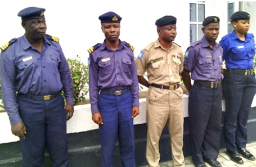 11 Fake Naval Officers Arrested in Rivers State by Nigerian Airforce...See their Faces