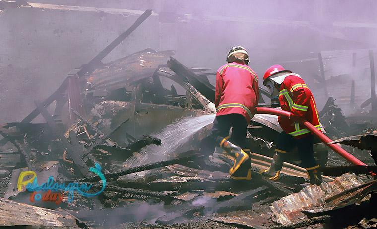 Kebakaran di garasi penitipan mobil dan kendaraan, jalan KH Mas Mansyur, Kota Pekalongan