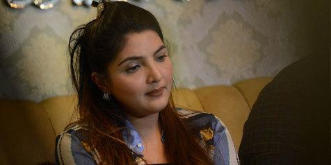 Bikin Mewek, Ashanty Tulis Pesan Menyayat Hati Untuk Sang Bunda