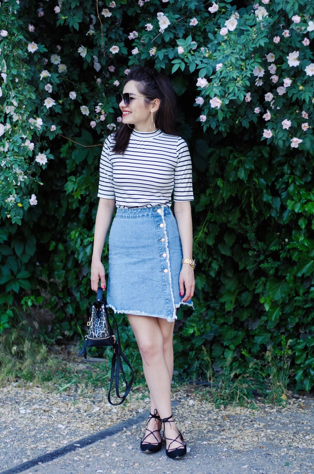 fashion blogger diyorasnotes diyora beta denim skirt striped top backpack