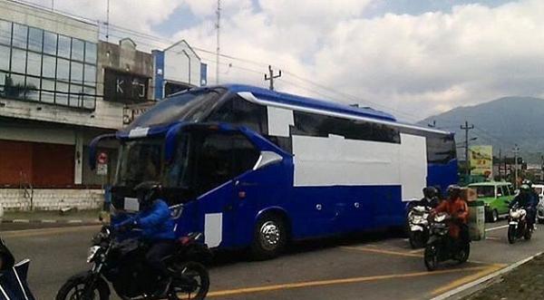 (Video) Diduga Bus Baru Persib Bandung Gentayangan di Kota