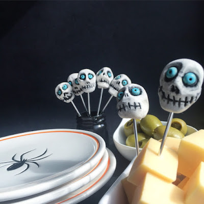 Skull Picks